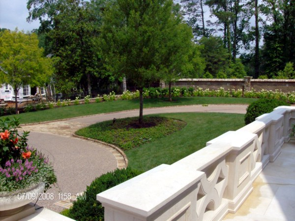 Landscaping metro atlanta associated environmental for Basic garden maintenance